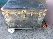 Oshkosh steamer trunk from the 40s top of the line needs refinished in 29 Palms, California