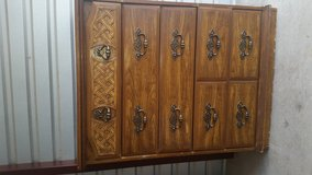 Tall dresser with 5 drawers in Fort Bliss, Texas