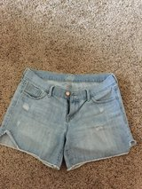 Flirt by old navy short jeans in Fort Campbell, Kentucky