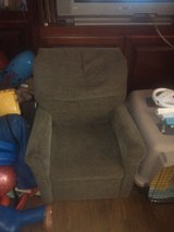 TODDLER SIZE RECLINER- BOUGHT AT WALMART FOR $50-60 in Fort Belvoir, Virginia