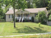 3 bedroom/2 bath Ranch-style home with 1.27 acres Brandenburg in Fort Knox, Kentucky