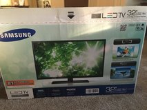 """Samsung 32"""" 4003 series TV for sale in Los Angeles, California"""