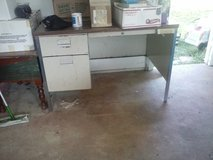 Free Metal Desk in Kaneohe Bay, Hawaii