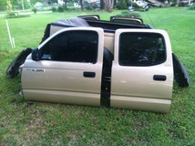 2001 Toyota Tacoma double cab parting out in Goldsboro, North Carolina