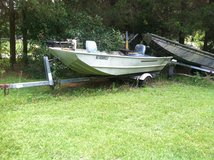 Lowe 14/48 aluminum Jon boat and trailer in Goldsboro, North Carolina