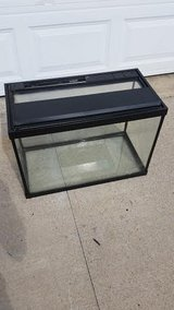 20 Gallon Fish Tank in Fort Campbell, Kentucky