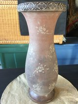 Large Decorative Vase w/Floral Design in Sandwich, Illinois