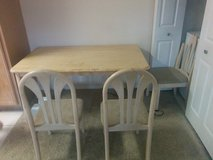 Dining Table and Cot for Sale in Kingwood, Texas