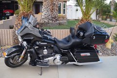Harley Davidson Ultra Glide in Lake Elsinore, California
