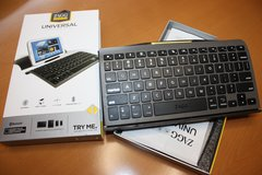 Zags Bluetooth keyboard (New) in Ramstein, Germany