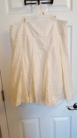 ivory cotton lace skirt in Belleville, Illinois