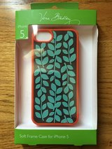 NEW, Vera Bradley Soft Frame Case for IPhone 5, 5s in Plainfield, Illinois