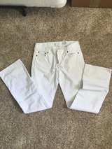 White lucky brand jeans Sz 28 in Camp Pendleton, California