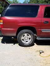 Chevy Z71 wheels and tires in Fort Campbell, Kentucky