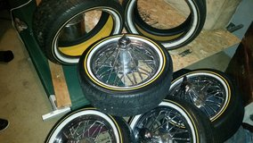 "POKER RIMS, 17"" LIKE NEW VOGUE TIRES N RIMS + 2 SPARE VOGUES in Fort Polk, Louisiana"