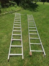 Ladder in Pleasant View, Tennessee
