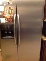 Frigidaire stainless steel professional series in 29 Palms, California