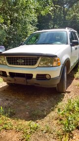 Ford explorer in Fort Campbell, Kentucky
