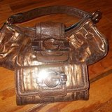 ***Small GUESS Handbag/Purse & Matching Checkbook Wallet***NEW in Cleveland, Texas