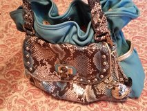 Kathy van Zeeland handbag in Fort Bragg, North Carolina