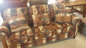 LANE PATTERN SOFA in Hopkinsville, Kentucky