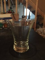 Reduced! Clear Vase in Aurora, Illinois