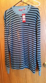 Blue stripe shirt (2-XL)-New in Chicago, Illinois