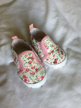 2-3 mo shoes NWOT in Ramstein, Germany
