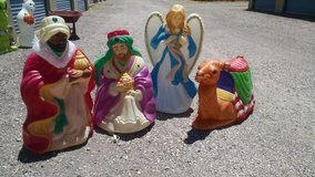 **Christmas Yard Decor** in Alamogordo, New Mexico