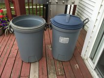 2 OUTDOOR GARBAGE CANS in Morris, Illinois