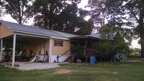 For sale 3 bedroom  2 bath w / 14 acres of land in Leesville, Louisiana