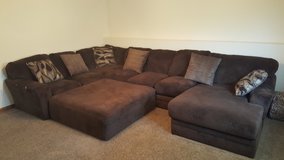 Sectional Sofa in Fort Leonard Wood, Missouri