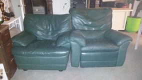 Green leather chair and recliner in Fort Bliss, Texas