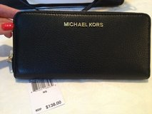 Michael Kors Black Leather Wallet - New in Houston, Texas