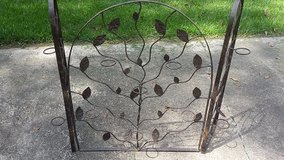 Decorative 3 panel Fireplace Screen in Cleveland, Texas