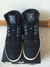 Mens size 9.5 Air Jordans great shape worn once.( Authentic) in Batavia, Illinois