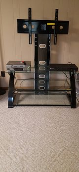 TV Stand for Flat Screen in Kankakee, Illinois