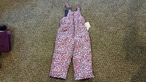 NWT Little girl's snow pants in Fort Carson, Colorado