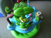 Evenflo learn and bounce frog exosaucer in Quantico, Virginia