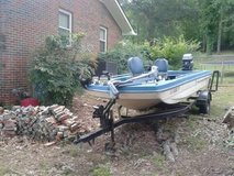 Vintage 1980 16' Caddo fishing boat loaded with extras. Trailer also included! in Birmingham, Alabama