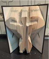 book folding Body Builder in Ramstein, Germany