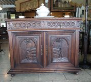 Beautiful Breton cabinet with beautiful carvings in Spangdahlem, Germany