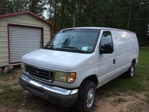 2003 Ford econoline in Kingwood, Texas