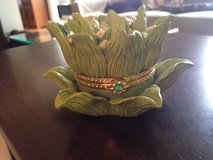 Flower Trinket Holder in Plainfield, Illinois