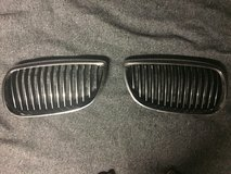 BMW 335/328 OEM Grill in Ramstein, Germany