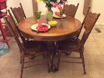 Breakfast table and four chairs in Houston, Texas