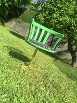 Funky Little green chair!!! $65 FIRM in Baumholder, GE