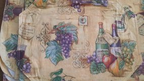 Vinyl wine and grapes tablecloth in Camp Lejeune, North Carolina