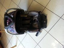 baby trend carseat in Orland Park, Illinois