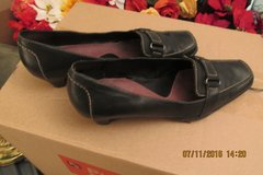 Nice Women's Leather Loafer-Style Shoes - Size 9 - Needs A Heel Replacement in Houston, Texas